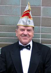 Spargelstecher Senator Gerhard Becker
