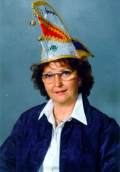Spargelstecher Senator Irmgard Flegler