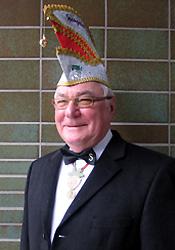 Spargelstecher Senator Karlheinz Haas