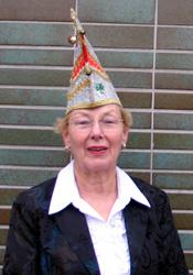 Spargelstecher Senatorin Doris Laug