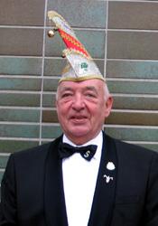 Spargelstecher Senator Karl Laug