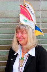 Spargelstecher Senatorin Johanna Mäder