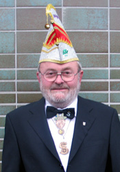 Spargelstecher Senator Günter Neugebauer